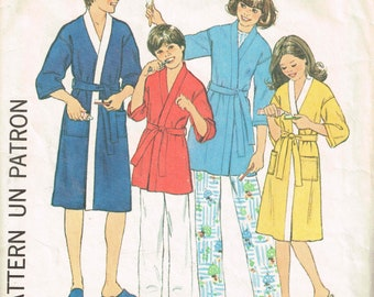 1970s Children's Robe Pattern Simplicity 8120 Size Small Chest 27 - 28 Komono Robe Girls Boys Housecoat Vintage 1977 Sewing Pattern