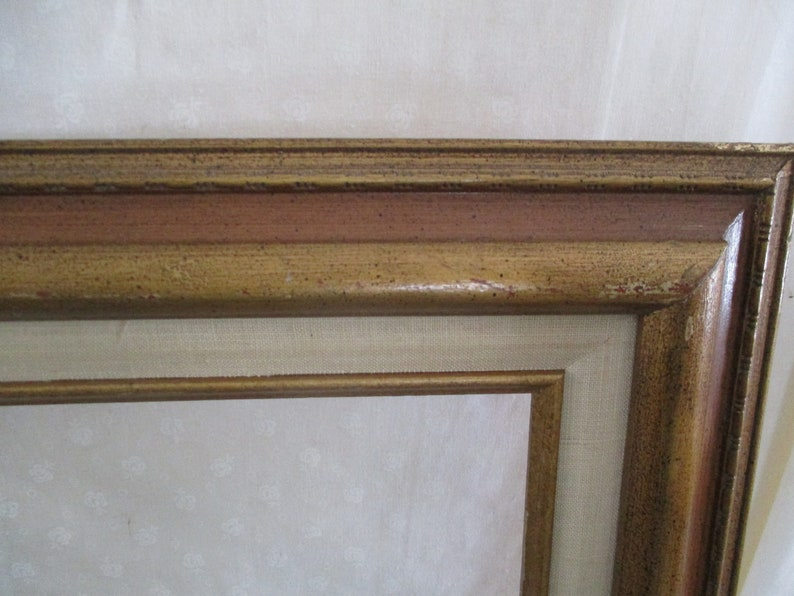 Picture Frame Wood Large Vintage  13 12 x 10 12 opening