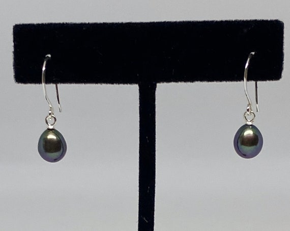 Fresh Water Peacock Green Purple Pearl Drop Earrings In Sterling Silver, Pearls Measure 12x7mm, 925 Sterling Silver Hammered French Wires
