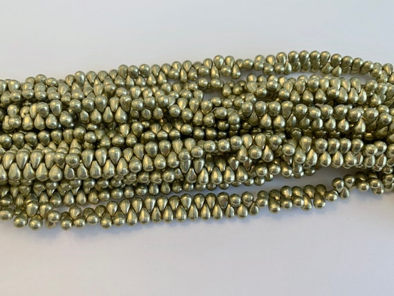6x4mm Lime Light Tear Drop Beads, Color Trends Saturated Metallic Lime Light, 100 Teardrops Per Strand