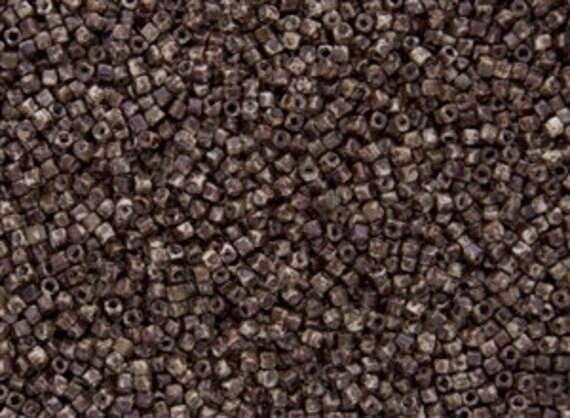 Hybrid TOHO  Lt Beige Picasso 1.5mm Cube Seed Beads, Color Y306, 9 Gram Tube
