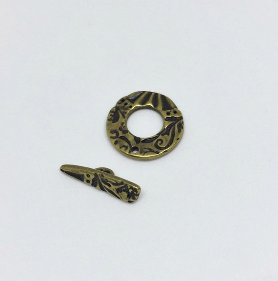 TierraCast Toggle Clasp, Dulce Vida Collection, Jardin Round Toggle Clasp, Oxidized Brass