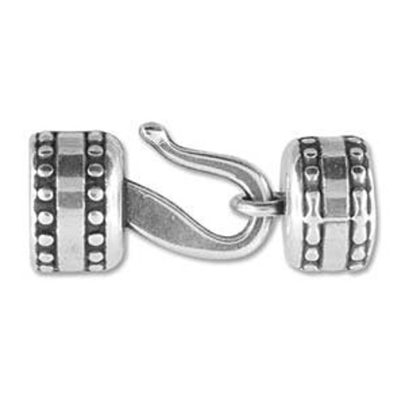 10mm Antique Silver Round Hook Clasp, Over All Measurement 13X8MM With An Inside Diameter Of 10MM, Perfect For Size 6 Kumihimo Beaded Braids