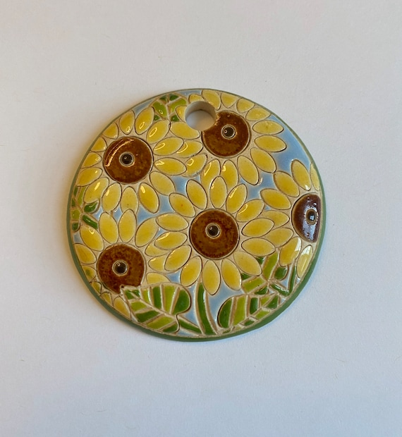 Sunflower Pendant, Large Round Sunflower Pendant, Carved Sunflowers, Sunflower Pendant, Large Hole For Tex400