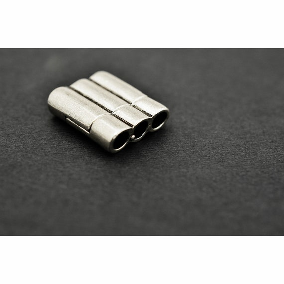 Silvertone Triple Tube Magnetic Clasp for 5mm Round Leather or Kumihimo