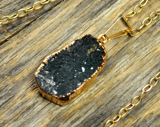Small Green Druzy Necklace, Green Druzy Pendant, Green Druzy Jewelry, Druzy Gold Necklace, Druzy Gold Pendant, 14k Gold Fill Chain