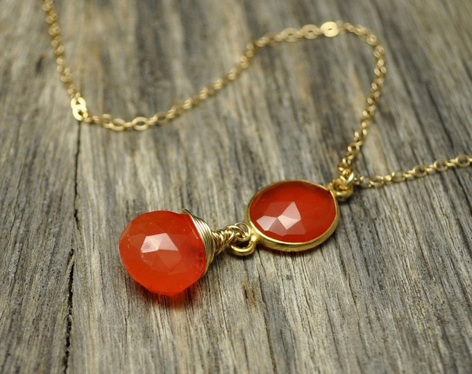 Firey Carnelian Bezel Gold Necklace