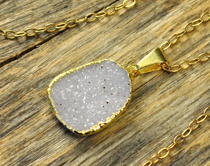 Small Druzy Necklace, Small Druzy Pendant, Druzy Jewelry, Gold Druzy Necklace, Gold Druzy Pendant, Snow Druzy Necklace, 14k Gold Fill Chain