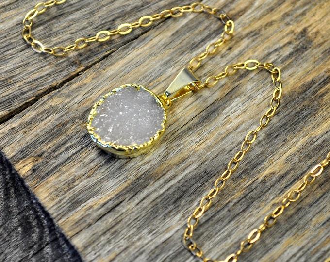 Druzy Necklace, Druzy Pendant, Druzy Jewelry, Gold Druzy Necklace, Gold Druzy Pendant, Light Druzy, 14k Gold Fill Chain