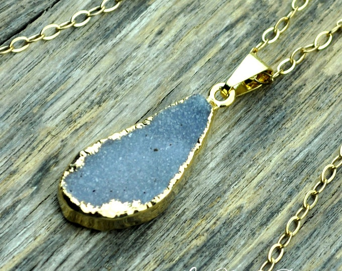 Druzy Necklace, Druzy Pendant, Druzy Jewelry, Gold Druzy Necklace, Gold Druzy Pendant, Light Lavender Druzy, 14k Gold Fill Chain