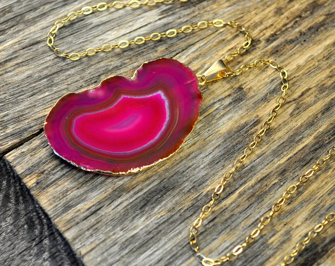 Agate Necklace, Hot Pink Agate Necklace, Agate Slice Pendant, Agate Slice Necklace, Agate Gold Necklace, 14k Gold Fill