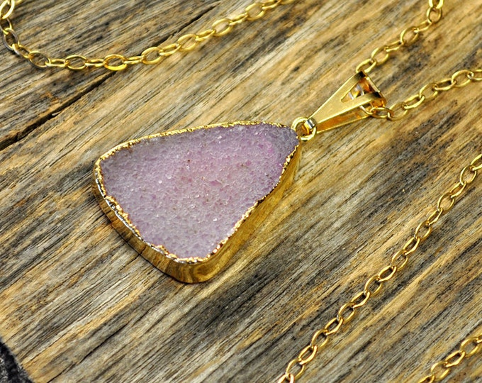 Druzy Necklace, Druzy Pendant, Gold Druzy Necklace, Gold Druzy Pendant,Pink Druzy Necklace,Pale Matt Pink Druzy Pendant, 14k Gold Fill Chain