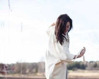 ON SALE Relaxed fit creme white kimono jacket with pockets, wedding jacket