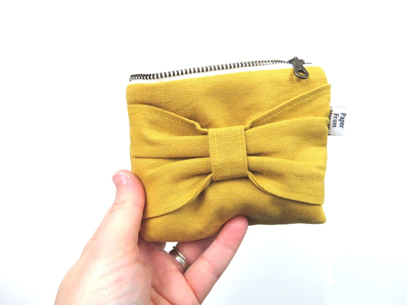 Bow Zipper Pouch ITY-BITY  Mustard  mini change pouch image 0
