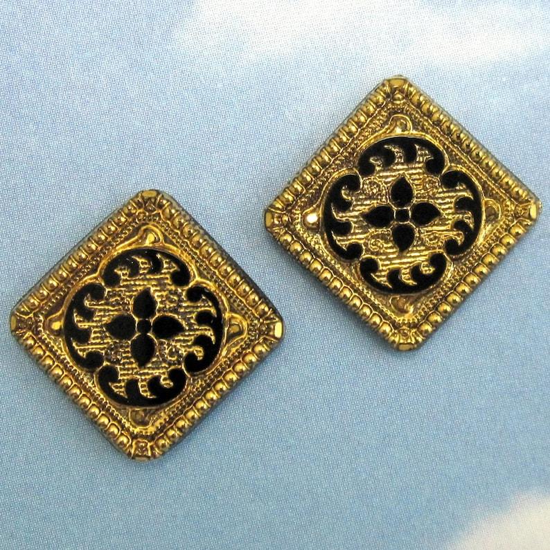 Vintage Glass Cabochon 2 pcs 22mm Bronze Square Stones S-30 GOLD