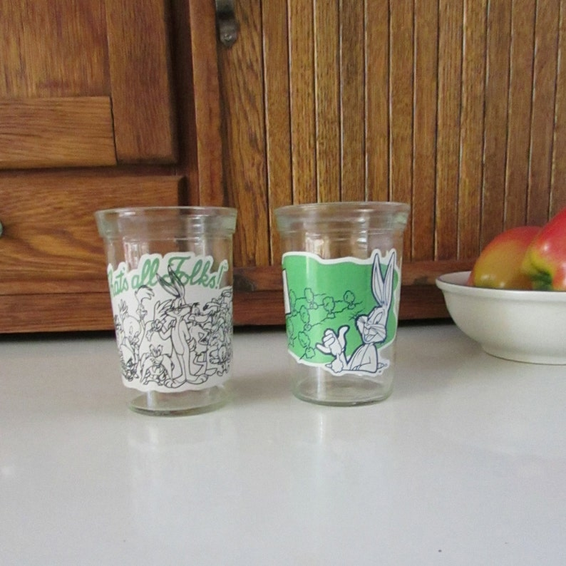 ec84c5ce40ae Pair Looney Tunes Welchs Jelly Glasses Bugs Bunny   The
