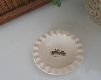 Antique Car Ashtray - Round Ceramic with Scalloped Rim Ashtray – Vintage Tobacciana – Antique Car Decor