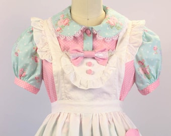 Magical Heart Apron - Lolita Fashion, Alice in Wonderland - One Size