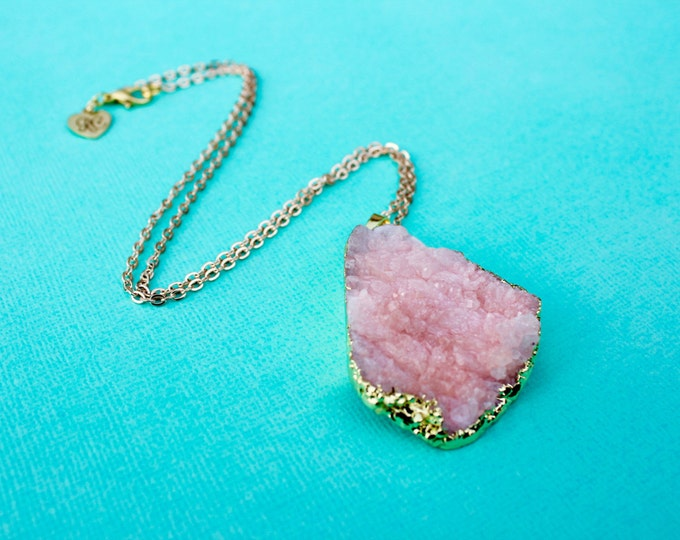 Pre-Order** The Robjant Couture Druzy Crystal Necklace in Pink/Gold.