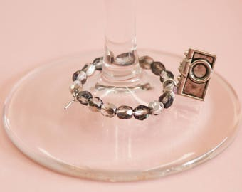 Click and Drink Wineglass Marker | Camera Wineglass Marker