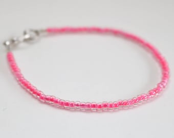 Customizable thin seed bead bracelet any colour.