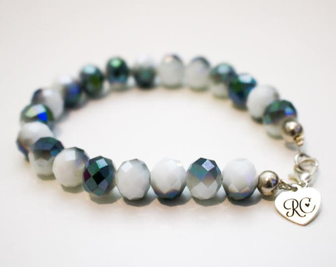 RC Signature Bracelet in Green and White Lustre.