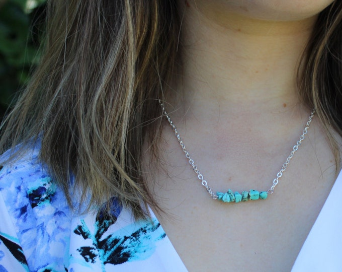 Turquoise Chip Stone Bar Necklace.