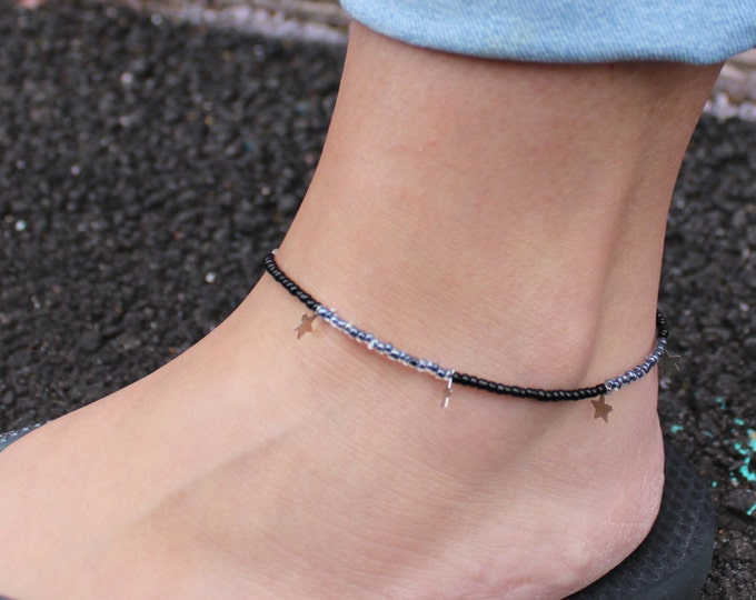 Grey and Black Star Beaded Anklet.