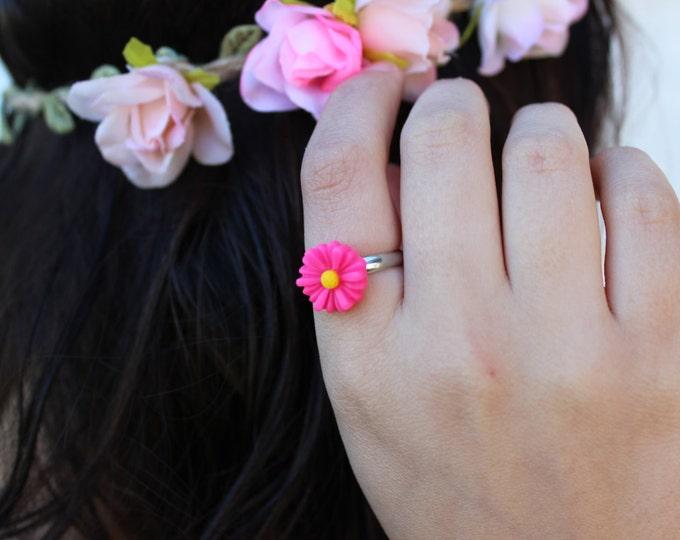 Hot Pink Adjustable Daisy Ring