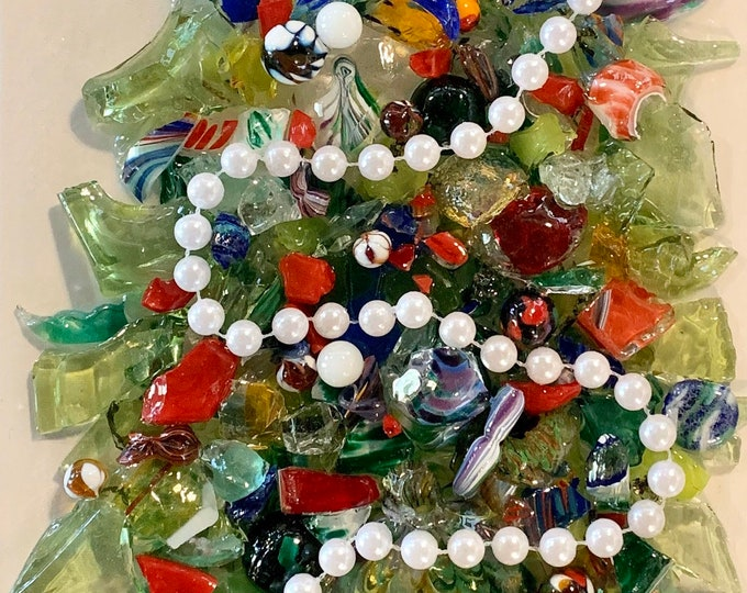 Workshop: Christmas Tree with Hand Blown Glass on Canvas at Makana Art Studio, Biloxi, MS