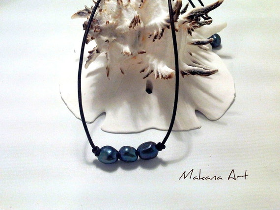 Peacock Blue Pearls and Leather Necklace  -  pearl - engagement - wedding - personalized - jewelry