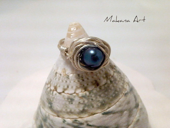 Peacock Mulberry Pearl and Sterling Ring   pearl - engagement - wedding - personalized - jewelry