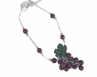 Grapes cluster bracelets/ Grapes tagua bracelet/ Coold gifts ideas/ Fruit jewelry/ Dainty charm bracelet/Ecojewelry/ Vineyards jewelry/