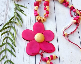 Flower necklaces/Tagua necklace/Bold necklace/Colorful Necklace/Gift ideas/Handmade jewelry by ALLIE/ ECOJEWELRY Sustainable fashion