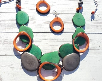 Tagua overlapped bib multicolr or teal combination/bib necklace/statement necklace/handmade jewelry/Organic jewelry by Allie