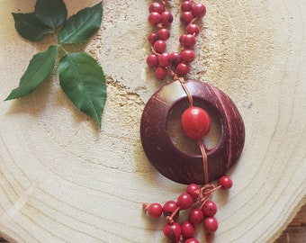 Bohemian long necklace/ Rustic Coconut Necklace/ Eco friendly jewelry/Colorful necklace/Acai natural Necklace/Red Necklace