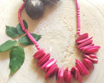 Chunky Tagua necklace/ Eco friendly natural jewelry/ Pink  necklace/ Rainforest green necklace/ Bohemian Rustic Necklace/ Fuchsia necklace