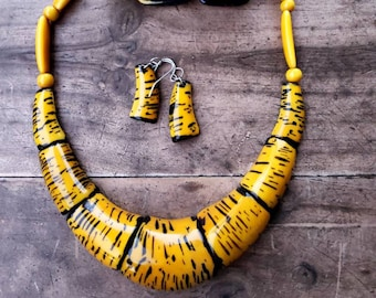 Animal print tagua necklace/tiger yellow necklace / jewelry set 3PC/ Gift Idea/statement jewelry/red necklace/zebra print