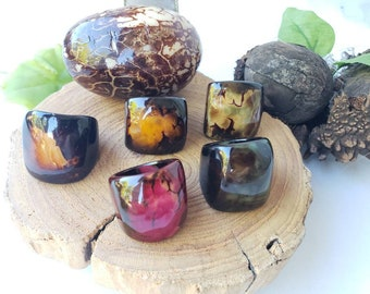 Tagua nut SIZE 8 Rings/ Hanpainted rings/ ethnic rings /Rustic nut rings /Batik ethnic tribal rings/Statement bold rings/ecofriendly rings