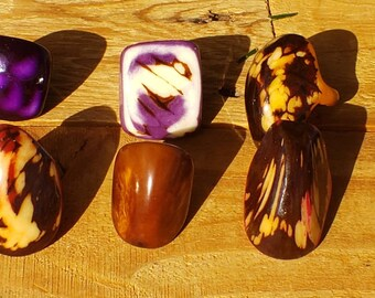 Tagua nut SIZE 6.5 Glossy rings marble semi peeled nut