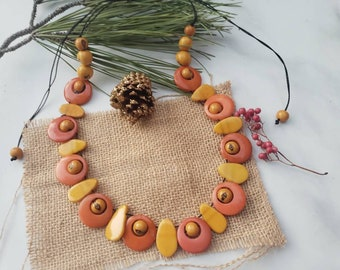 Circles and leaves tagua turquoise or Yellow necklace/Sustainable jewelry/Tagua statement necklace/Ecofriendly fair necklace/Gifts for her