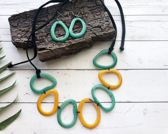Donuts leaves yellow necklace/  Teal Tagua necklace/Tagua Teal necklace Set/ Turquoise Necklace/Pinks necklace/ Organic eco friendly jewelry