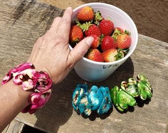Hearts Bracelet/ Tagua rustic bracelet/ Tropical bracelets/ Stretch bracelet/Bold cuff/ Bohemian Bracelet/ Eco Friendly Bracelet/