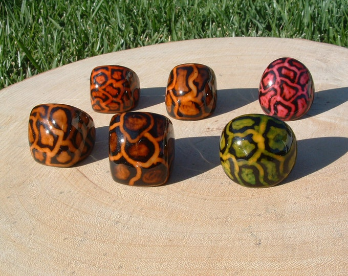 Tagua leopard ring SIZE 7.5 hand painted, carved and lacquered many colors