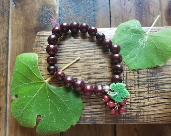 Grapes Cluster stretchy acai bracelet/Grapes jewelry/Grapes cluster/Fruit jewelry/ Vineyards Jewelry/ Wine lover gifts/bachelorette gifts