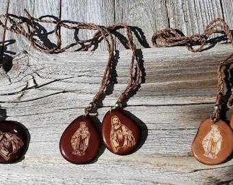 Brown Scapular/Tagua scapular/Catholic scapular/Carmelites Scapular/Communion favor/ Religious gifts/ Devotional jewelry/ Religious jewelry
