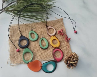 ISADORA tagua multicolor assorted beads tagua necklace/ Chunky Statement Ecofriendly necklace/Gifts for her/Sustainable fair jewelry
