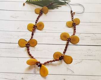 Yellow autumn leaves tagua necklace/ Sustainable jewelry/Tagua statement chunky necklace/Nature inspired necklace/Gifts for her