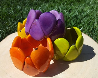 Bracelet Ergonomic tagua nut curvy drops /solid colors/ ecofriendly/tagua jewelry/tagua bracelet/summer bracelets/tagua cuff