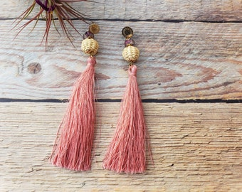 Tassels long earrings/Straw tassels earrings/Long boho earrings/Rattan summer earrings in gold/Wicker earrings/Hand woven OOAK earrings